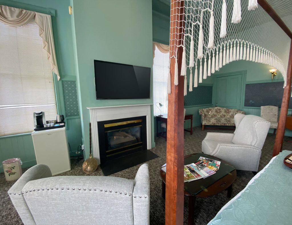 Sitting area with fireplace - Berkshires Bed and Breakfast