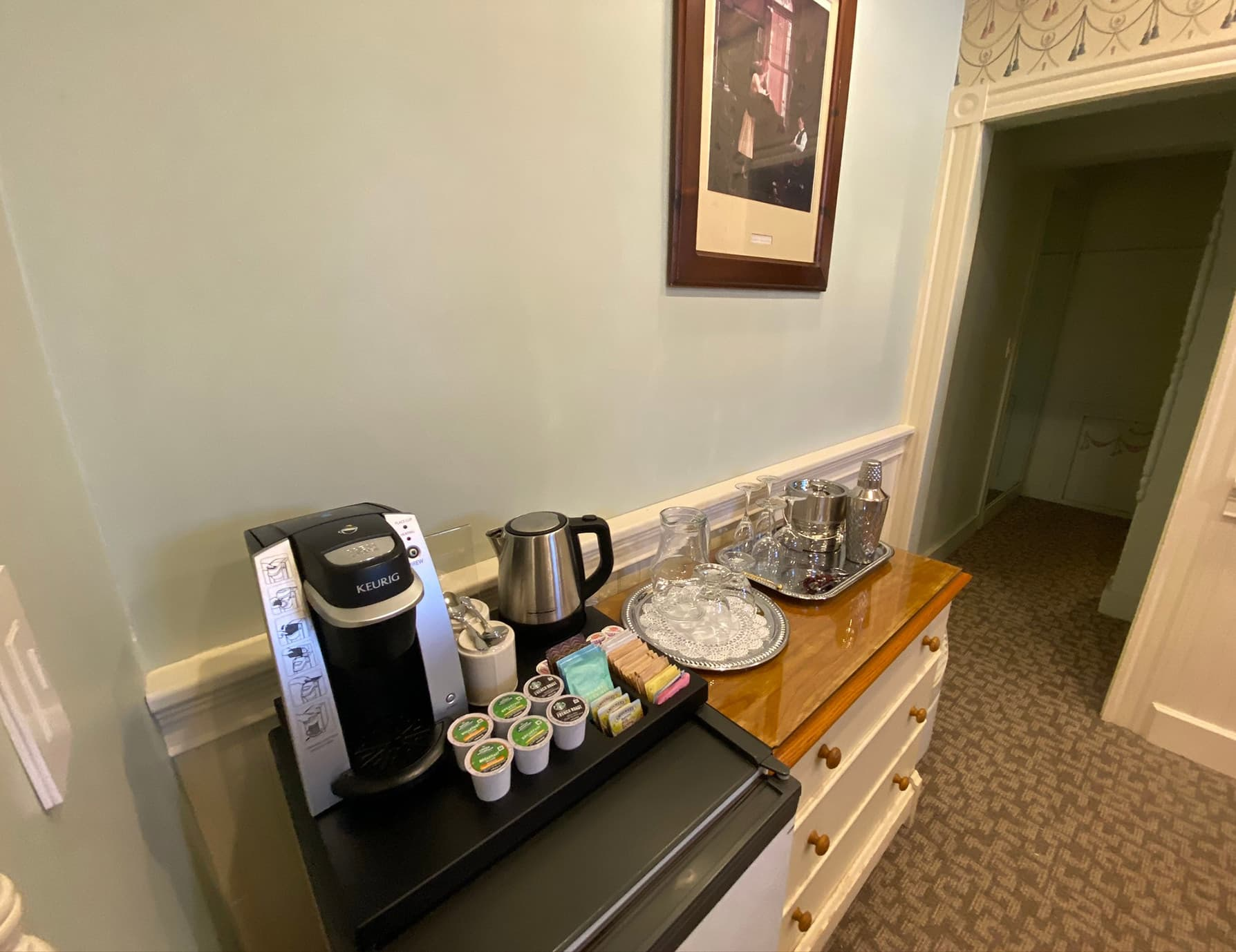 La Savoie Deluxe room coffee maker - Lee Hotel