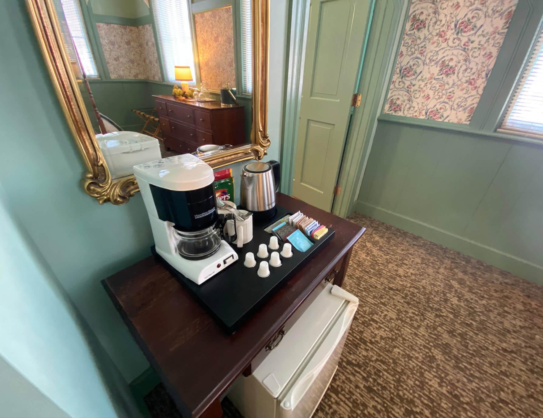 La Sedgwick room coffee maker at a Lee Hotel