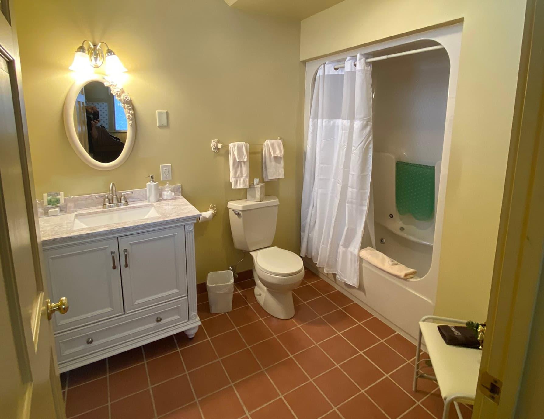 L'Aubusson room bathroom at a Berkshires Inn