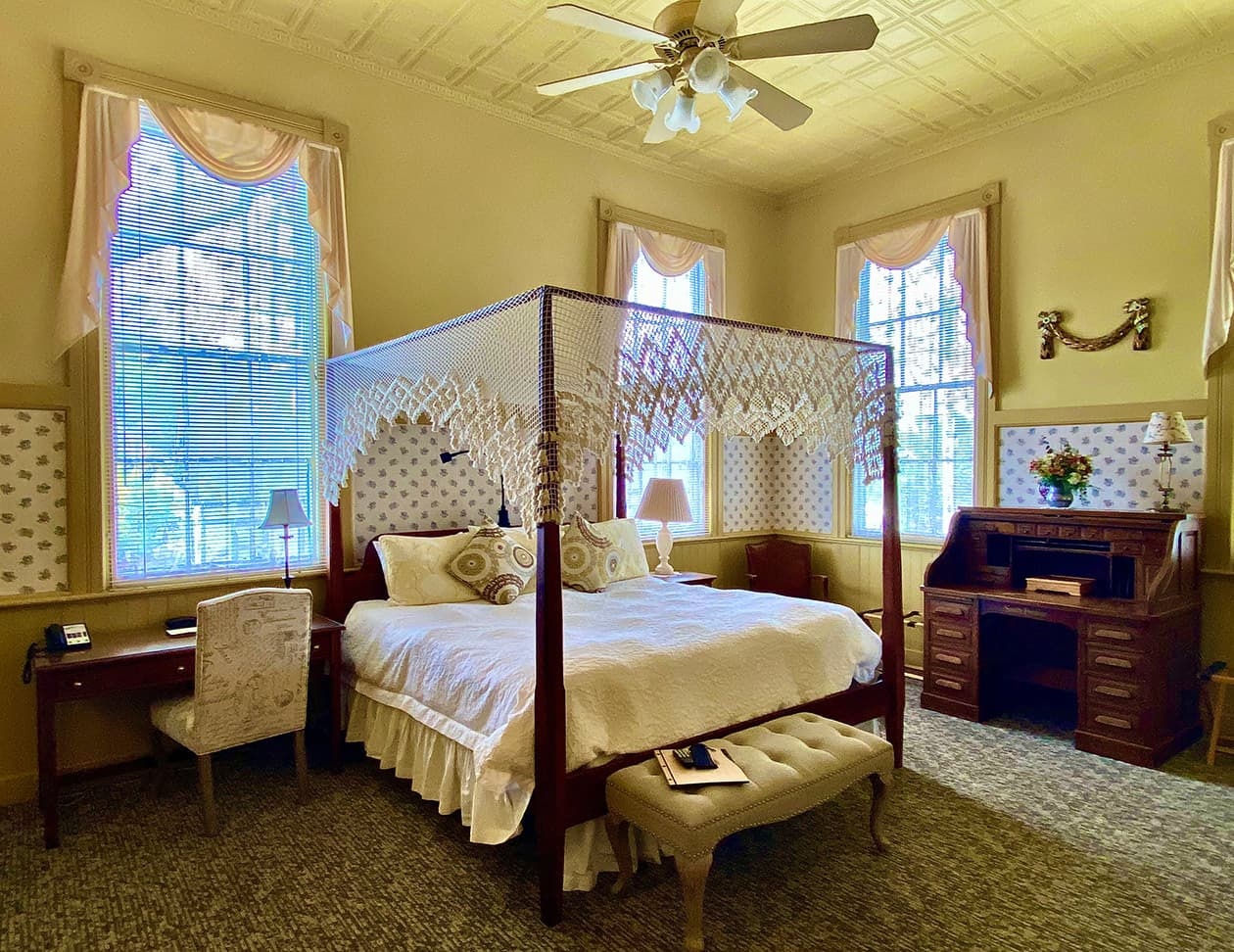 L'Aubusson room bed at a Berkshires, MA bed and breakfast