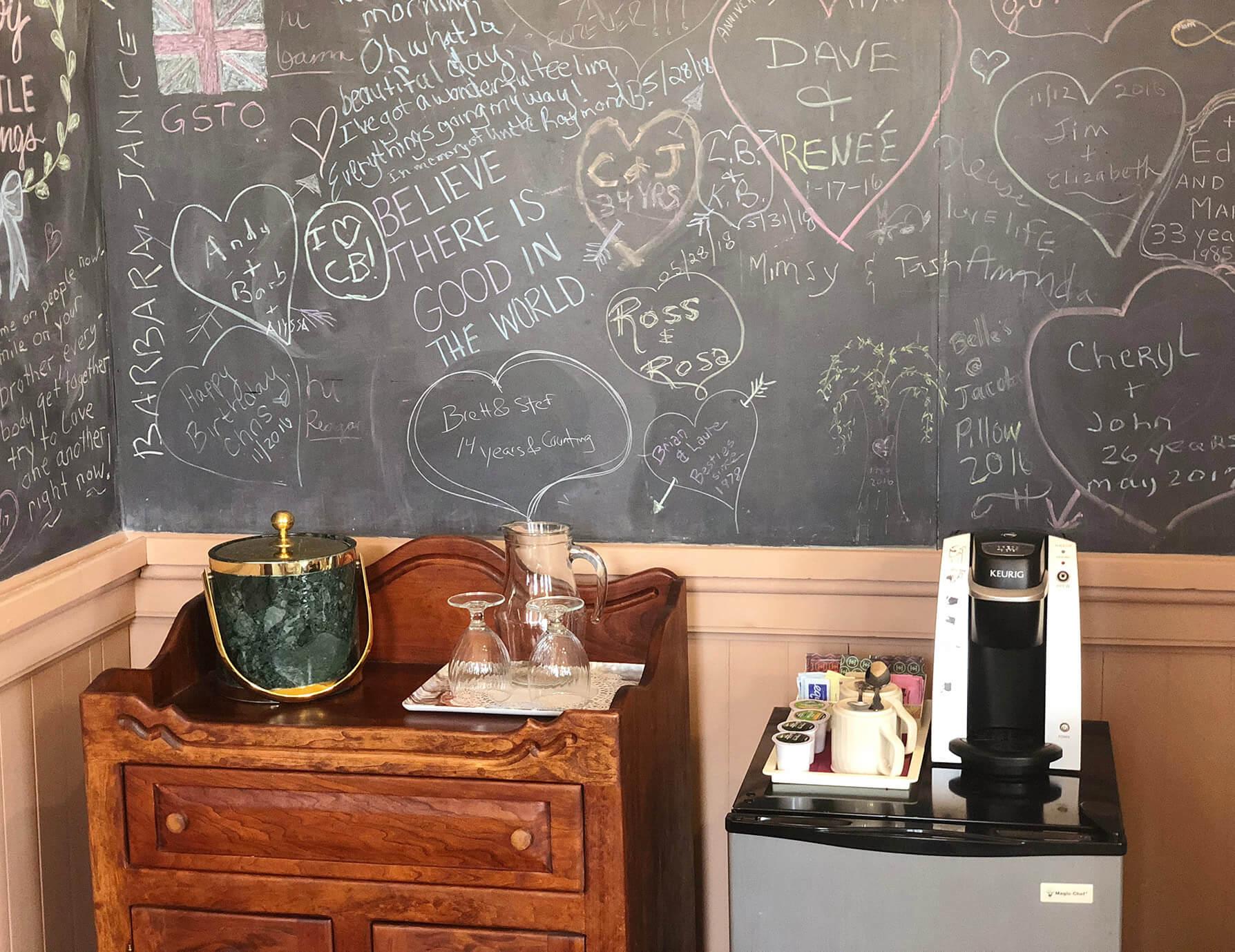 Le Lycee room coffee maker - Berkshires B&B