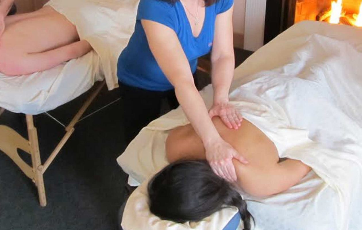 In-Room Tandem Couples Massage