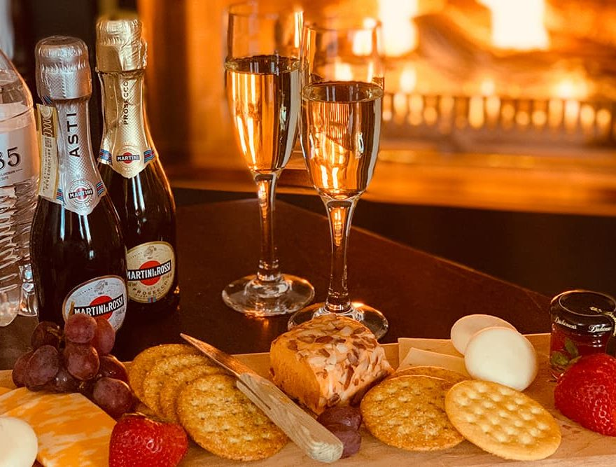 Sparkling Wine & Cheese at a Berkshires boutique hotel